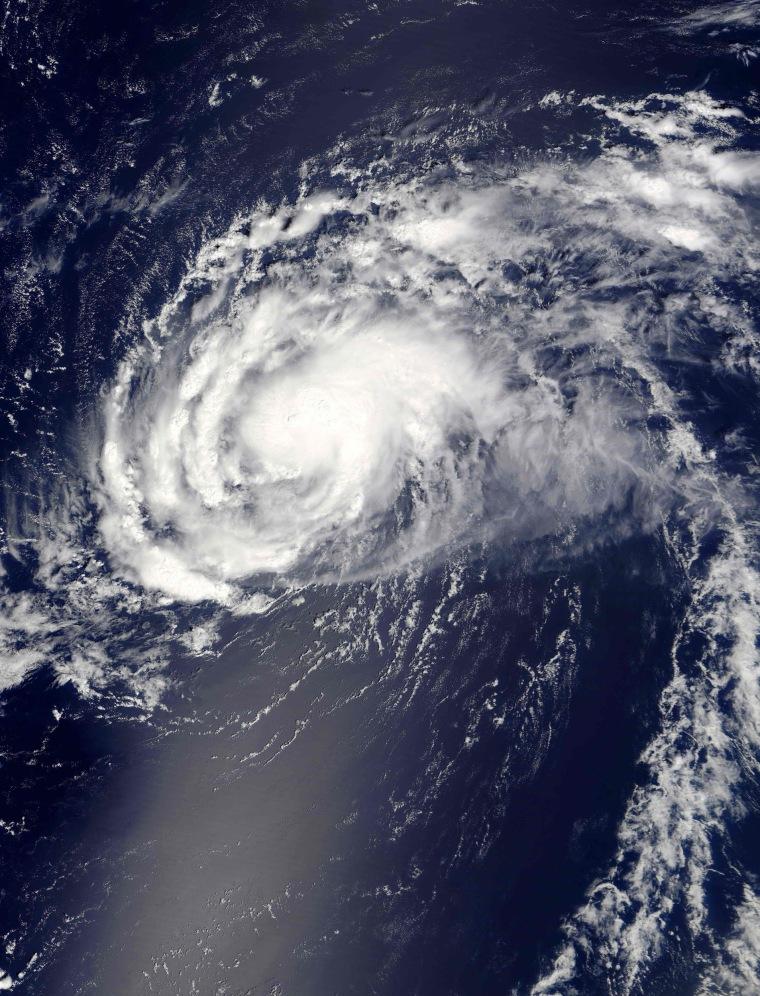 Image: Hurricane Gaston satellite image