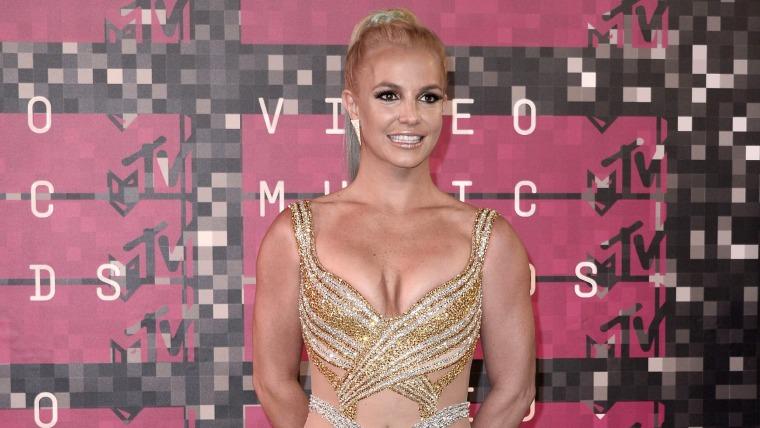 Image: Red Carpet - MTV Video Music Awards 2015