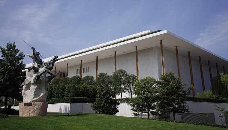 US-ARCHITECTURE-KENNEDY CENTER