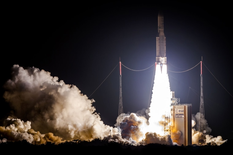 Image: GUIANA-EUROPE-AEROSPACE-SPACE-SATELLITE-LAUNCH-SCIENCE