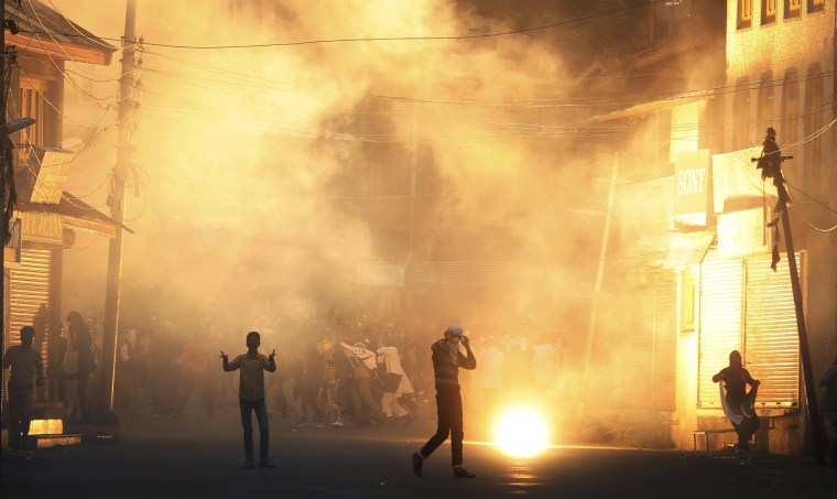 Image: Clashes in Srinagar