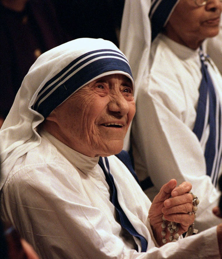 Image: Mother Teresa in 1997