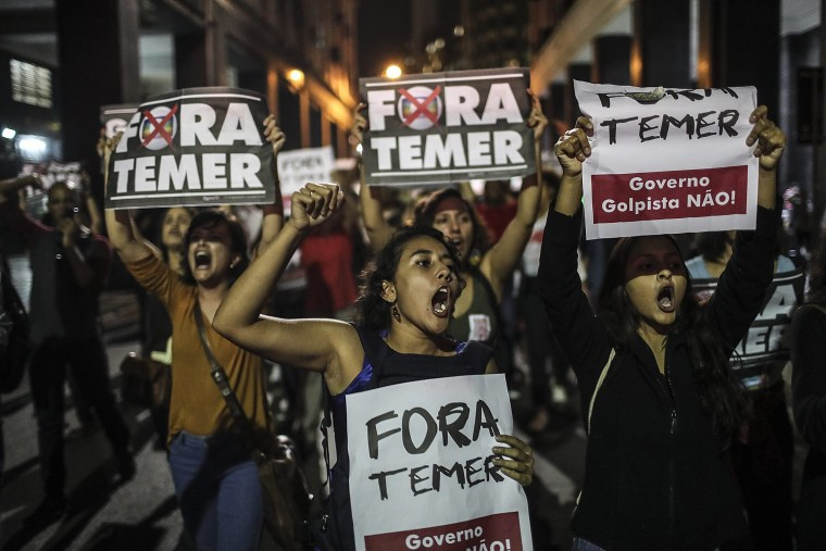 Image: Reactions after Brazilian President Dilma Rousseff is removed from office