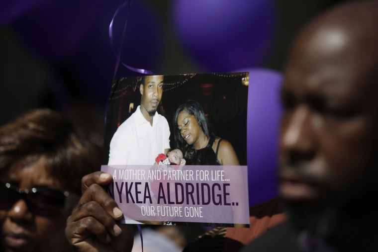 Image: Vigil Held For Dwyane Wade Cousin Killed In Chicago Shooting