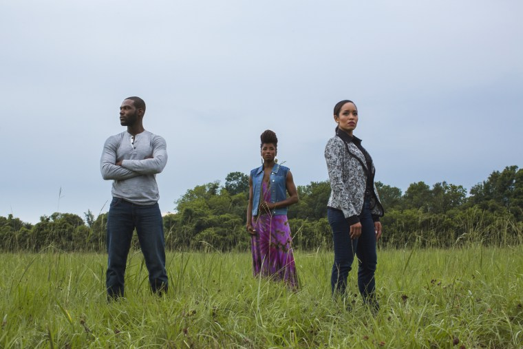 Ralph Angel Bordelon (played by Kofi Siriboe), Nova Bordelon (played by Rutina Wesley) and Charley Bordelon West (played by Dawn-Lyen Gardner). Photo by Andrew Dosunmu (C) 2016 Warner Bros. Entertainment Inc / Courtesy of OWN