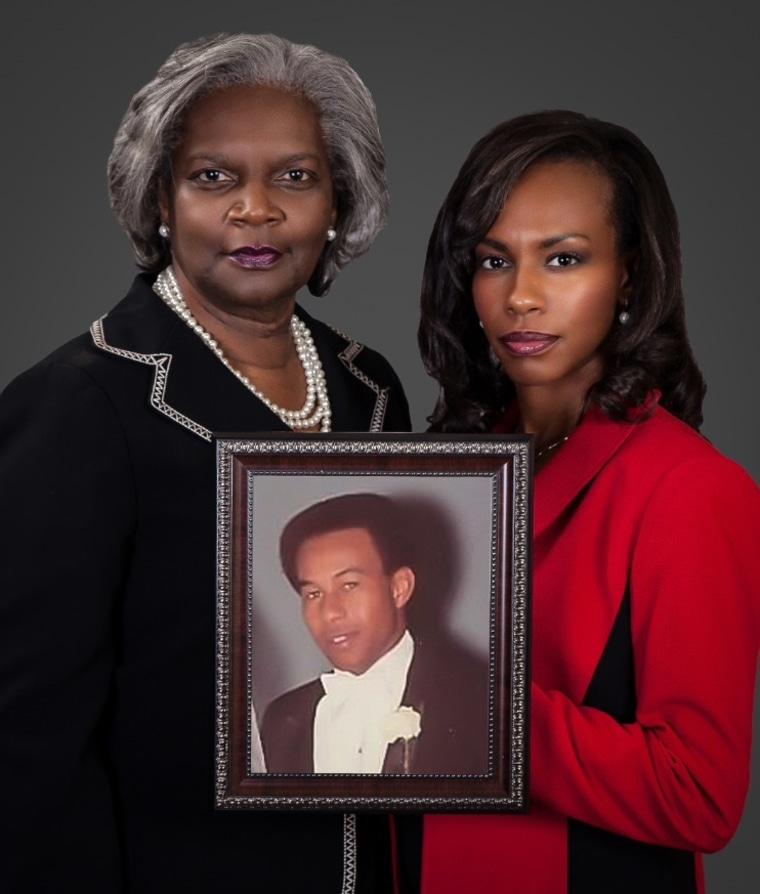 Tenisha Taylor Bell and her mother Velma Pate.