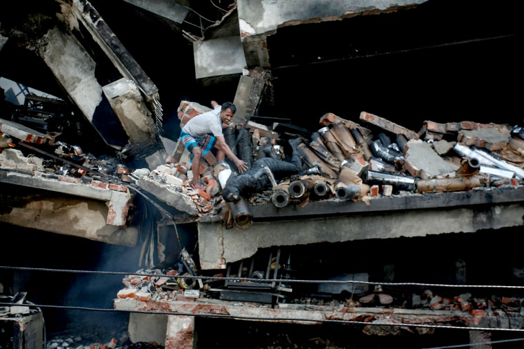Image: BANGLADESH-LABOUR-FIRE