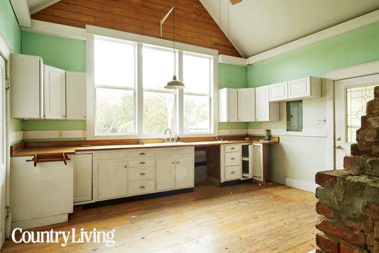 Holly Williams kitchen