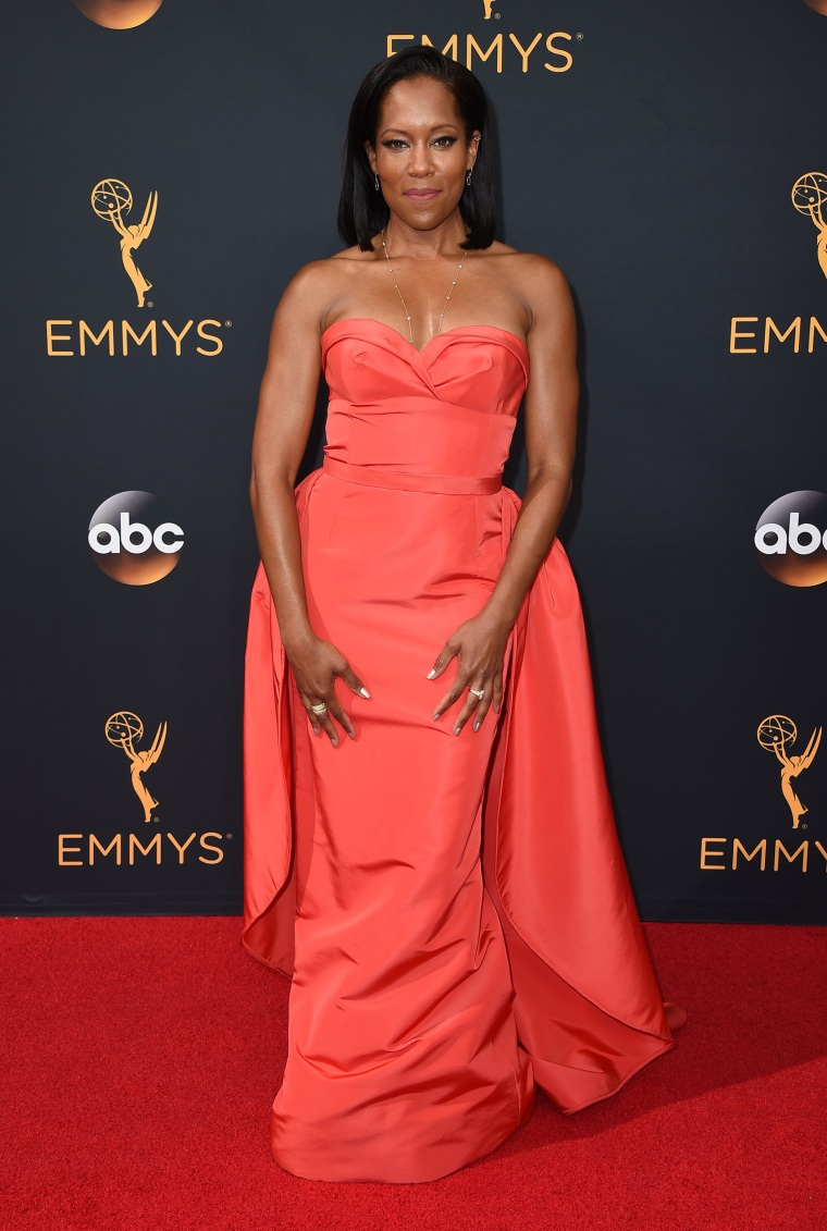 Regina King Emmys 2016 red carpet