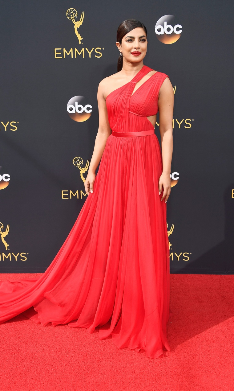 Priyanka Chopra Emmys 2016 red carpet
