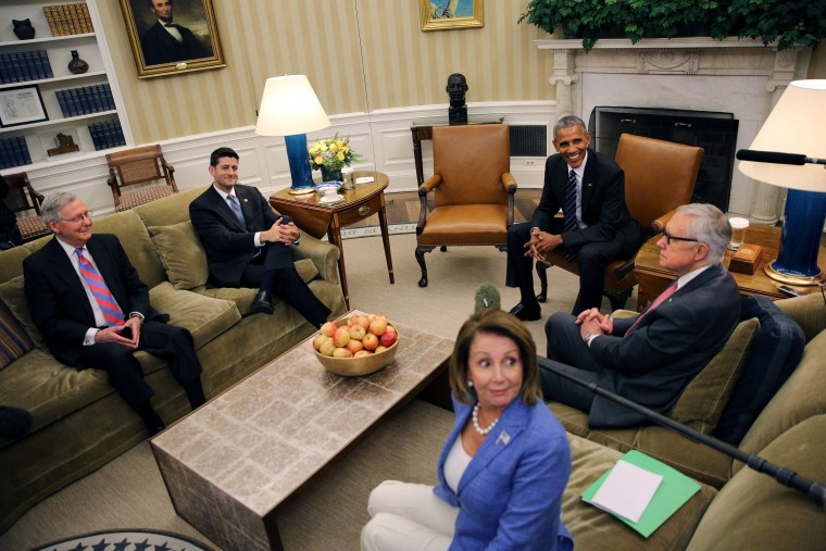 Image: U.S. President Barack Obama meets with Speaker Paul Ryan (2nd-L), Senate Majority Leader Mitch McConnell (L), Senate Democratic Leader Harry Reid (R) and House Democratic Leader Nancy Pelosi (C) at the Oval Office in the White House, Washington U.S
