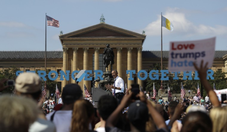 Image: Obama speaks at campaign event for Hillary Clinton