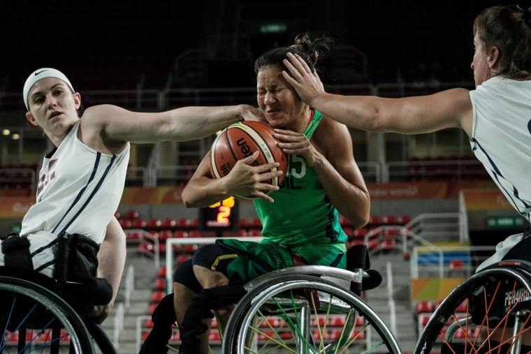 Image: WHEELCHAIR BASKETBALL