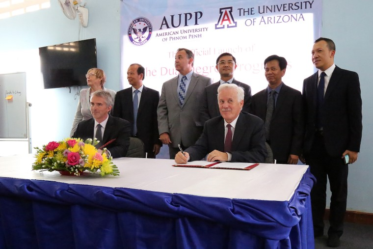 The University of Arizona and AUPP signed a dual degree program agreement, under which students will be able to study full time in Cambodia and receive degrees from both schools.