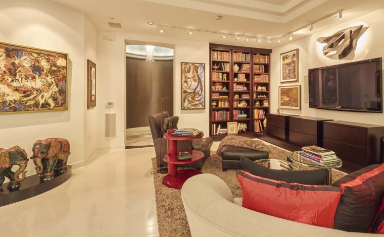 """Apartment that inspired """"Fifty Shades of Grey"""""""