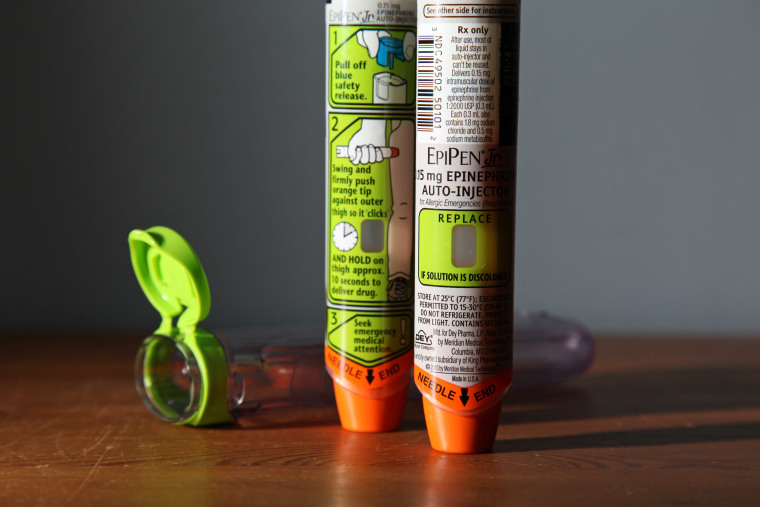 Image: Image:   Two EpiPens used to treat severe allergic reactions with a dose of Epinephrine delivered in an autoinjector.