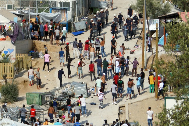 Image: Unrest in the refugees camp of Moria on Lesvos island