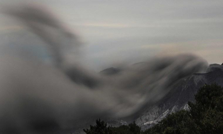 Image: The Turrialba volcano spews ash in Cartago, Costa Rica