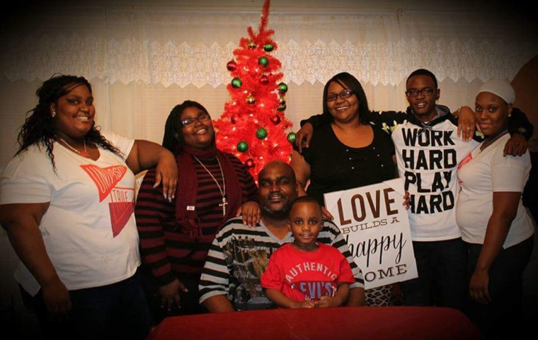 Terence Crutcher with family.