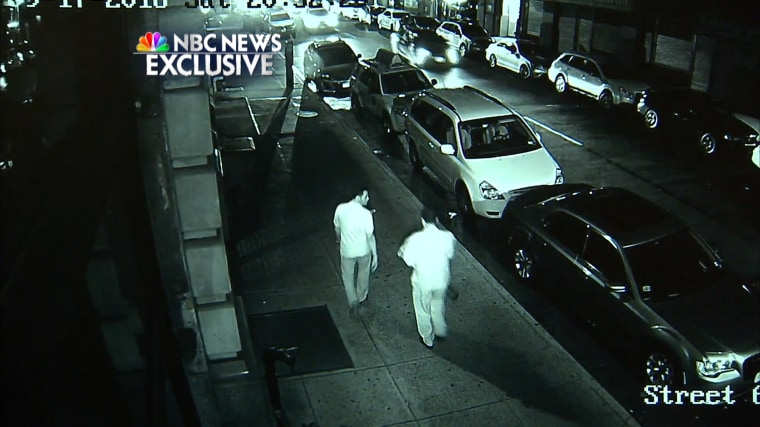 New Video Shows Suspect Leaving Bomb in New York City, Passerby Kicking Bag