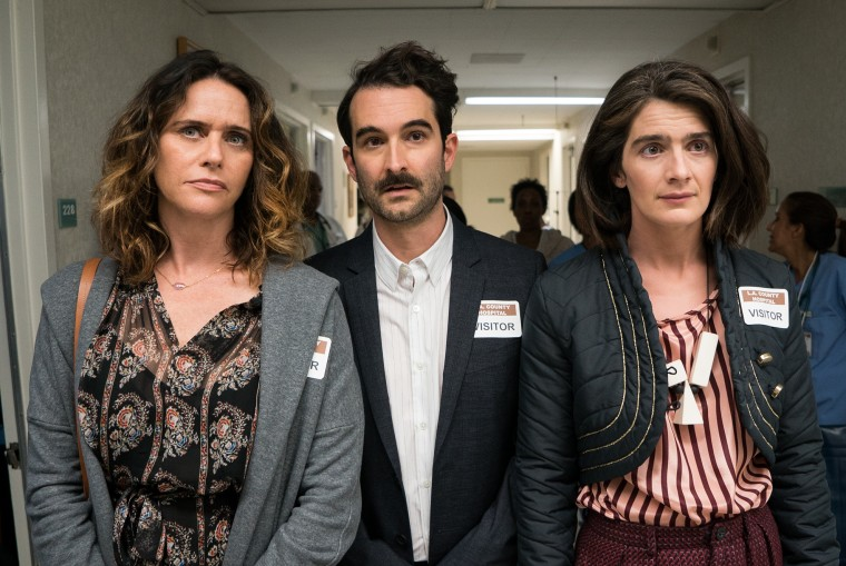 "(L-R) Amy Landecker, Jay Duplass and Gaby Hoffmann in Season 3 of ""Transparent"""