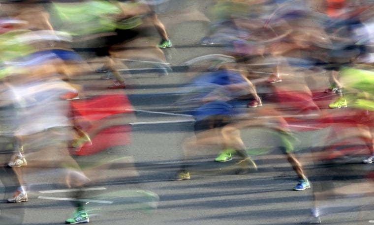 Image: Runners compete at the Berlin marathon in Berlin