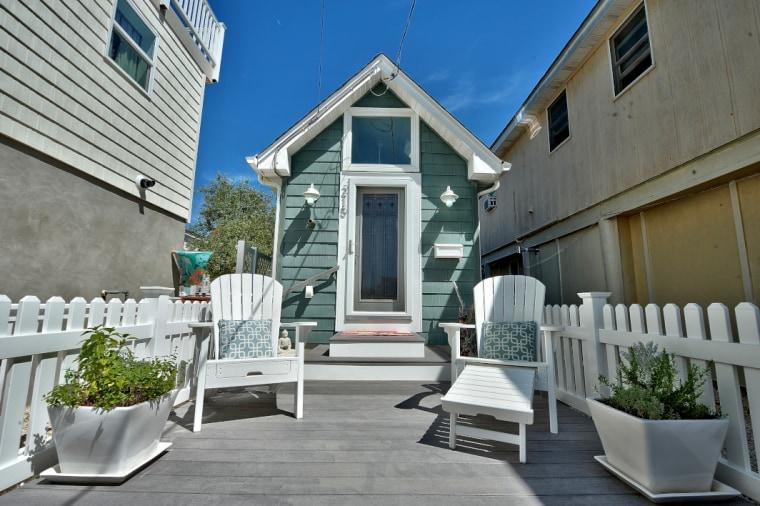 Tiny house at the beach