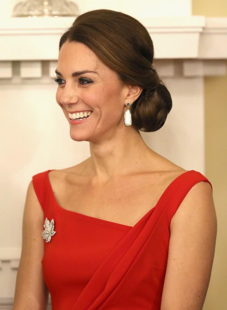 2016 Royal Tour To Canada Of The Duke And Duchess Of Cambridge - Bella Bella And Victoria, British Columbia