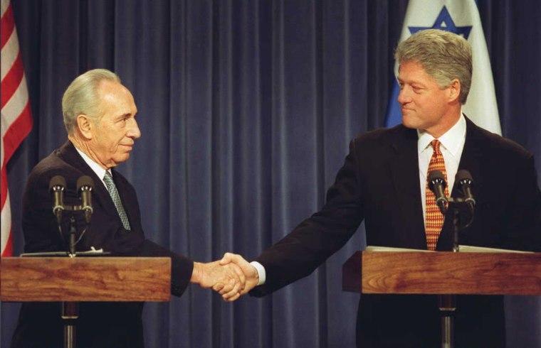 IMAGE: Shimon Peres and Bill Clinton