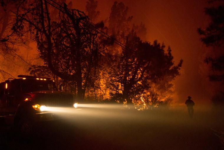 Image: TOPSHOT-US-WILDFIRE