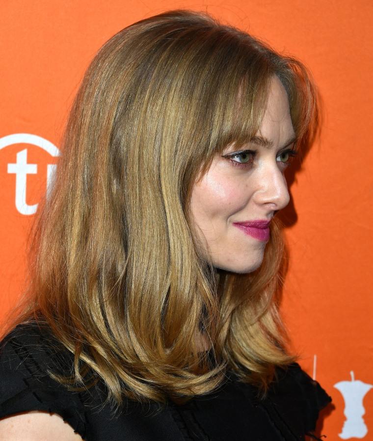 Amanda Seyfried Debuts New Haircut With Bangs