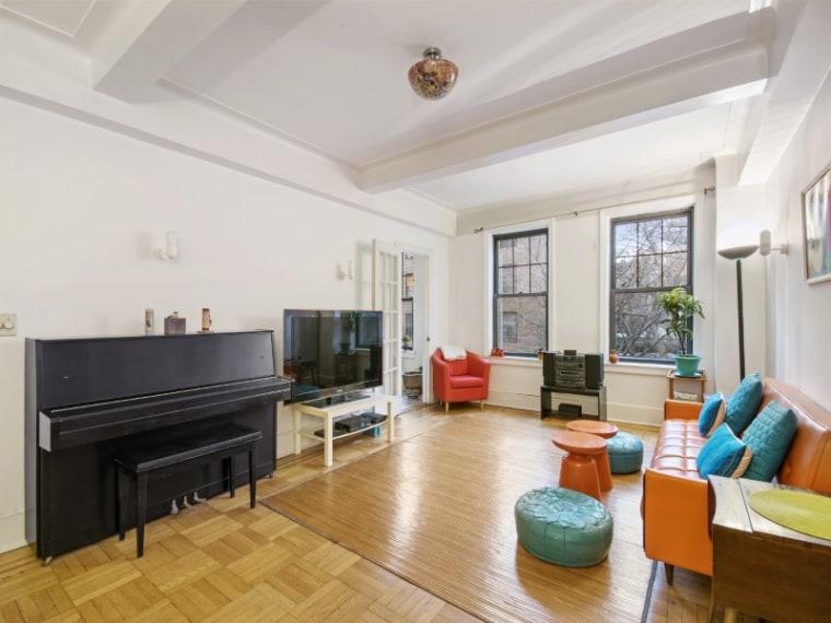 Cynthia Nixon's Manhattan apartment