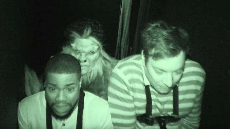 """Kevin Hart and host Jimmy Fallon during the """"Jimmy and Kevin Go to a Haunted House"""" sketch on October 13, 2016"""