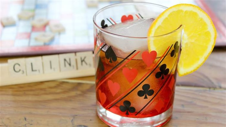 Boulevardier whiskey cocktail