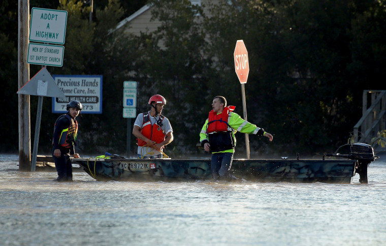 Image: Hurricane Matthew Rescue Workers
