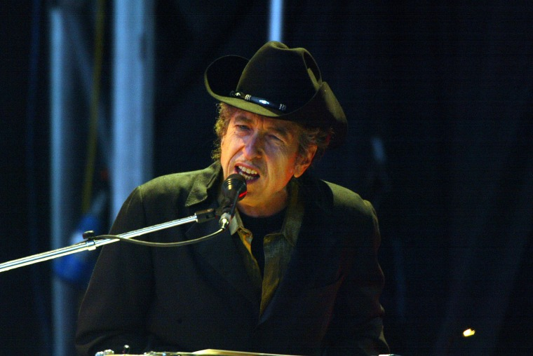 Image: Singer Bob Dylan performs on stage at The Fleadh 2004 at Finsbury Park