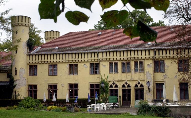 Petzow Castle