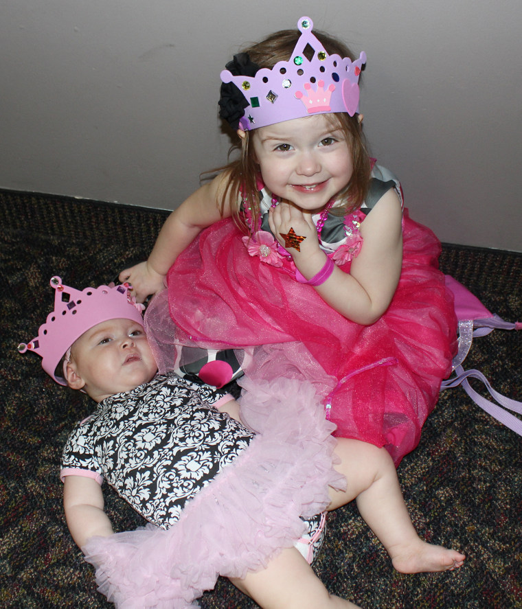 Rare Form Of Epilepsy Won't Keep Mom And Daughter From Running The Twin Cities Marathon