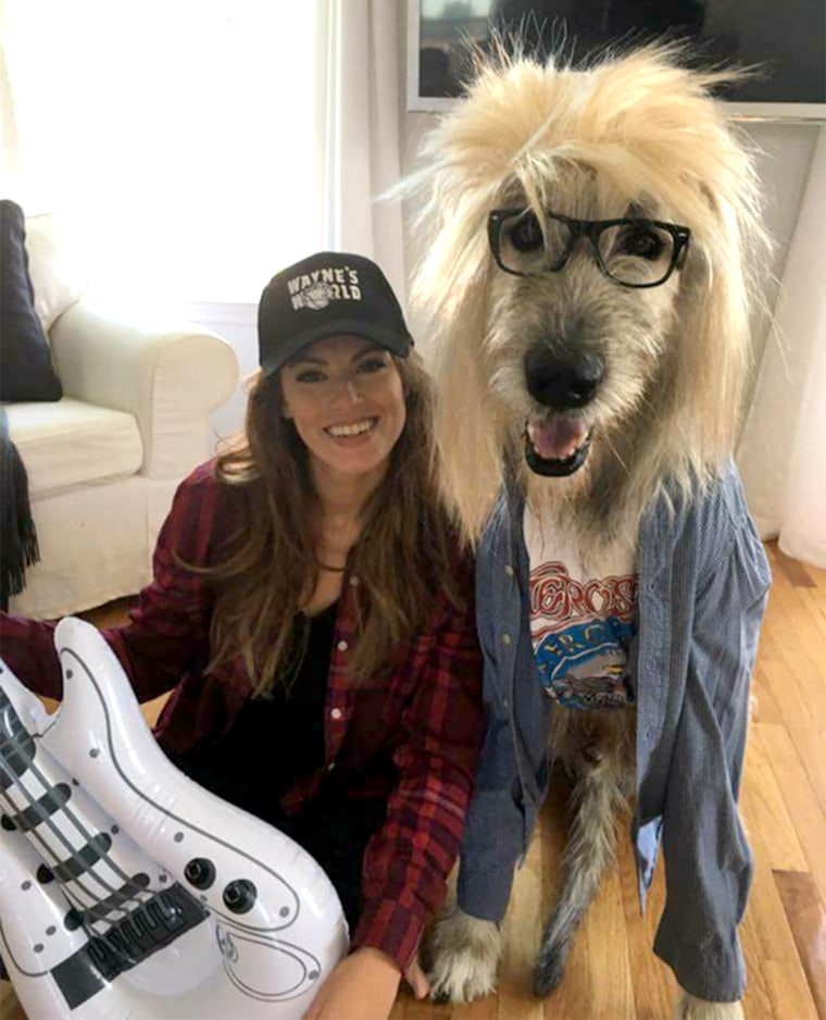 Woman and dog win Halloween with 'Wayne's World' costume