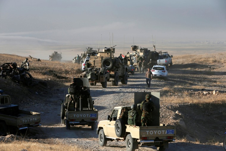Image: Peshmerga forces advance in the east of Mosul to attack Islamic State militants in Mosul
