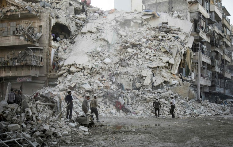 Image: A bombed out bulilding in Aleppo