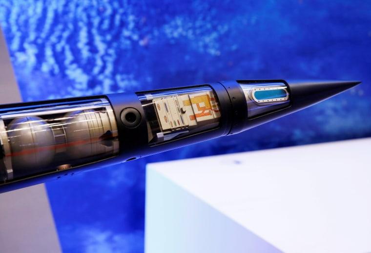 Image: THAAD missile model
