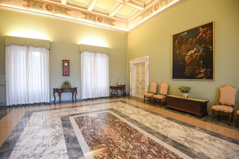 Image: Papal apartment at Castel Gandolfo opens to public
