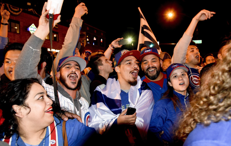 Image: Chicago Cubs fans celebrate