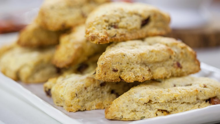 Bacon scones. Make 5 mouth-watering breakfasts out of this brown sugar-black pepper bacon.