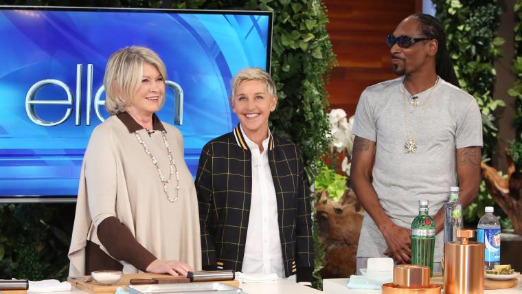 "Martha Stewart and Snoop Dog make an appearance on ""The Ellen DeGeneres Show"""