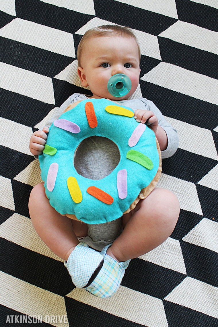 Baby donought costume