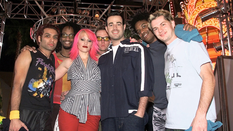 No Doubt On MTV's Total Request Live In Las Vegas
