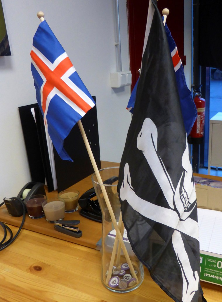 Image: The Jolly Rogers and the Icelandic flag