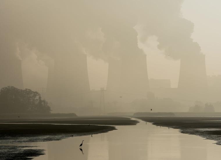Image: TOPSHOT-GERMANY-WEATHER-COAL